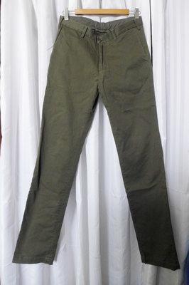 Uniqlo 墨綠色 冬季較厚休閒直筒長褲 商務 工作搭襯衫也適合 W28~29腰  ( Zara muji 可參考)