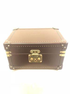 【RECOVER名品二手】Louis Vuitton 咖啡色皮質手錶 珠寶箱 .近全新品 數量稀少【已取回】