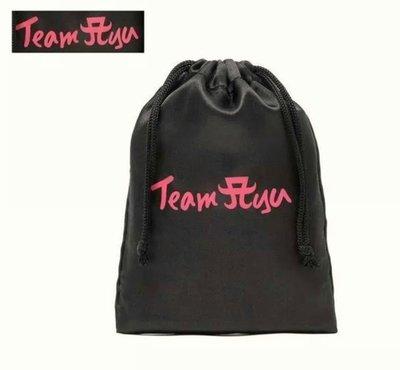 TEAM AYA黑色緞面抽繩收納袋手機袋首飾袋飾品袋 內褲 衛生棉 飾品隨身收納包 現貨