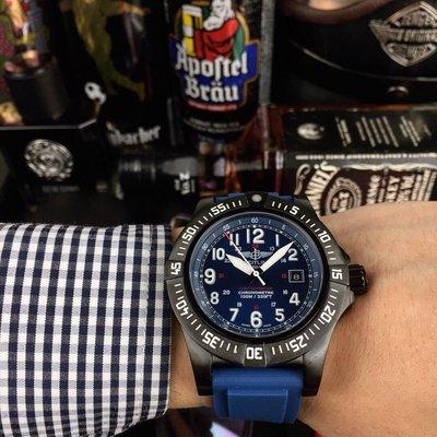 🎩百年靈 Breitling 復仇者系列♠️全自動機械🃏43*13mm 🔴️拱橋強化玻璃🍴軍用錶帶 原裝扣💀復仇者黑鳥偵察機 承載著改變歷史的使命