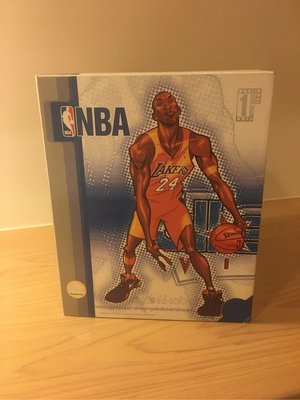 KOBE BRYANT FIGURE JERSEY_LIMITED EDITION OF 11 PIECE 公仔