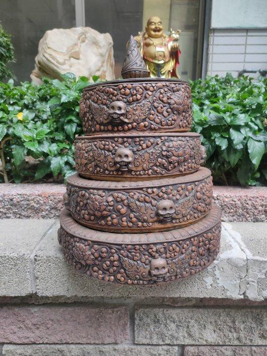 威猛曼札盤/古董曼達盤 稀有釋藏 弟子將世間七寶供養諸佛菩薩,也能蒙佛菩薩的慈悲願力加被 送天然黃水晶 養晶重約10公斤