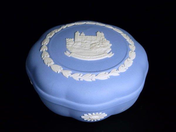 W03 WEDGWOOD JASPER  淺藍色碧玉浮雕 Tower Of London 珠寶盒w:9H:4.5