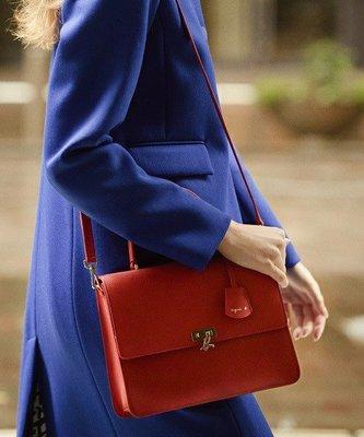 預購 agnes b. 小b 十字紋牛皮小方包 附盒子及手提袋 紅 黑 綠 三色