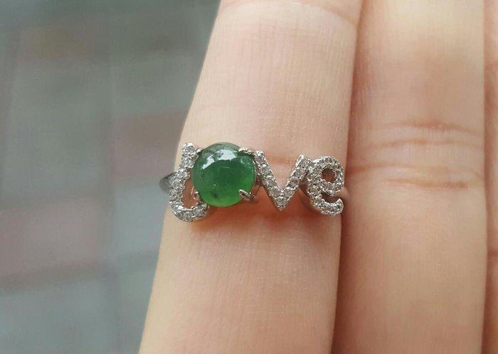 【天然緬甸玉】 A貨 綠蛋面 銀鑲嵌戒指