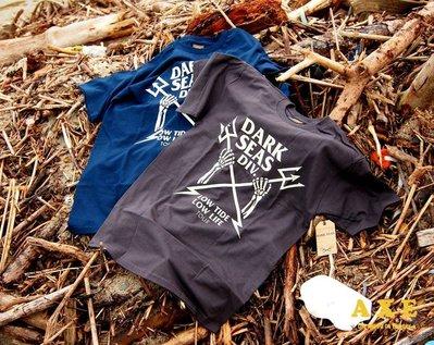 【AXE】DARK SEAS - GRAVEYARD T-SHIRT[灰/藍] T恤 美牌 重機 潮流 硬派 重機 骷顱