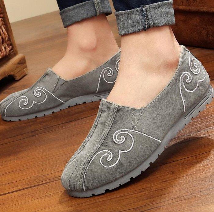 懶人鞋 刺繡透氣老北京布鞋 男中國風牛仔帆布鞋 複古繡花懶人男鞋—莎芭