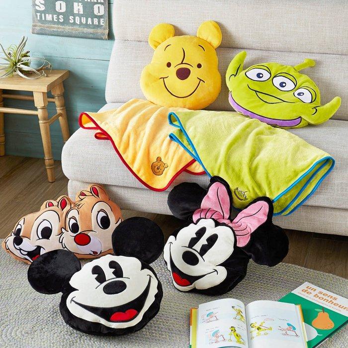 迪士尼DISNEY《預購》可愛造型小被被抱枕~米奇 米妮 維尼 奇奇蒂蒂 三眼怪~日本正品~共5款~心心小舖