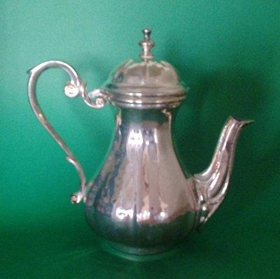 266 高級精緻歐洲鍍銀壺 Tall Hammered Silver Plate Teapot