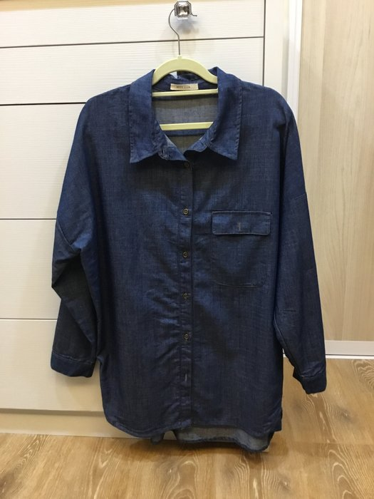 Moss club 寬版牛仔襯衫
