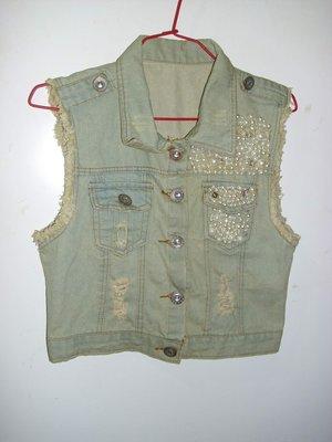潮流帥衣 美式淺藍色重刷白半舊抽鬚 款珍珠 一般不扣牛仔背心衣長40公分之字櫃