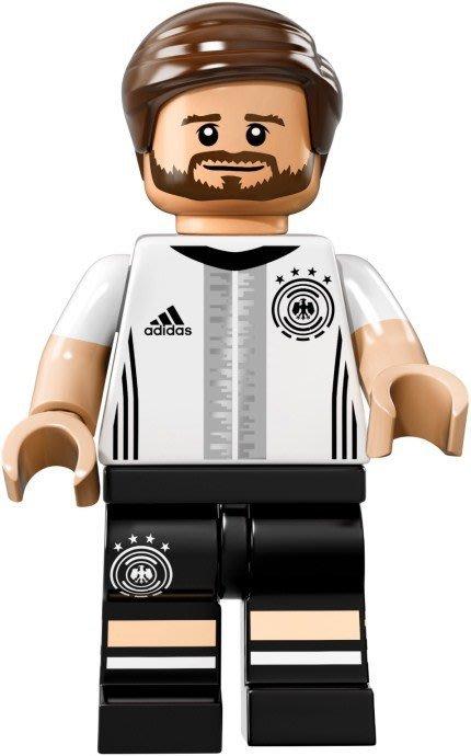 【LEGO 樂高】益智玩具 積木/ DFB 德國足球隊 人偶系列 71014   單一人偶: Mustafi 背號:2號