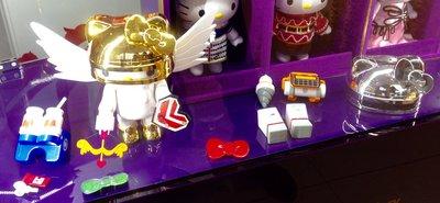 ROBOT KITTY未來樂園 限量動晶片公仔 14件套件外加Kitty公仔均全新未拆封  聖誕交換禮物