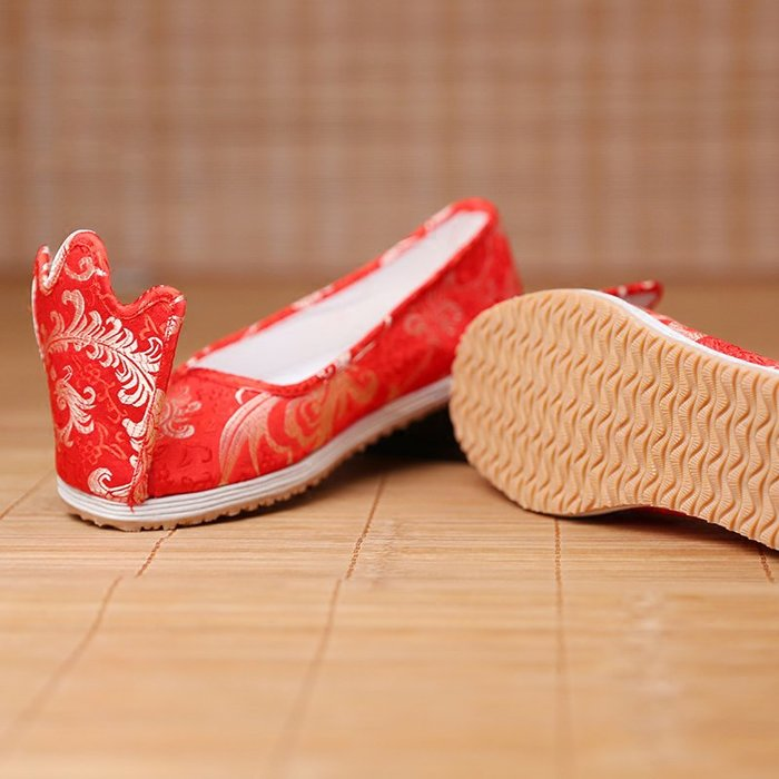 定制              原創品牌漢服鞋子女式翹頭履傳統手工千層底加膠底布鞋