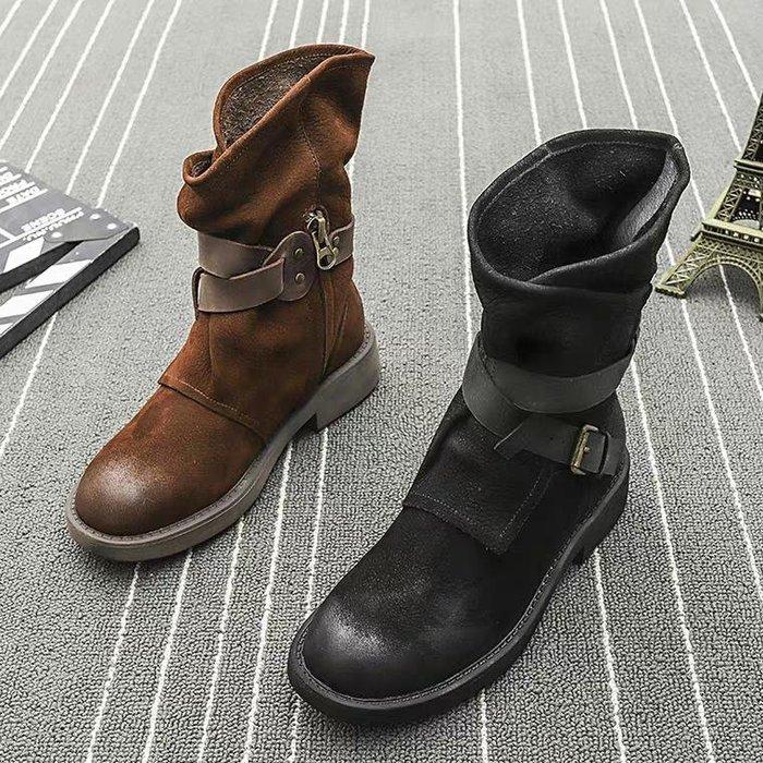 歐美大牌感 真皮馬丁靴機車靴皮帶扣環 防臭 中筒靴 2色 英倫風 平底靴