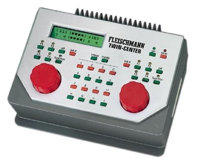 傑仲 博蘭 FLEISCHMANN 鐵軌零件 Twin Control licl 6822