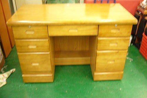 樂居二手家具館 全新中古家具賣場 全新樟木色實木書桌*辦公桌/主管桌/電腦桌/寫字工作桌椅