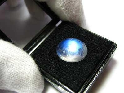 【Texture & Nobleness 低調與奢華】天然無處理 藍暈現象 藍暈月光石 6.1克拉