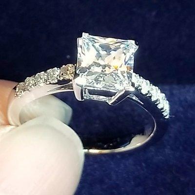 珠寶極光仿真鑽石高碳鑽戒1克拉公主方微...