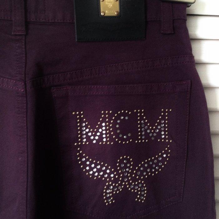 MCM 茄紫色亮片logo 直筒牛仔褲