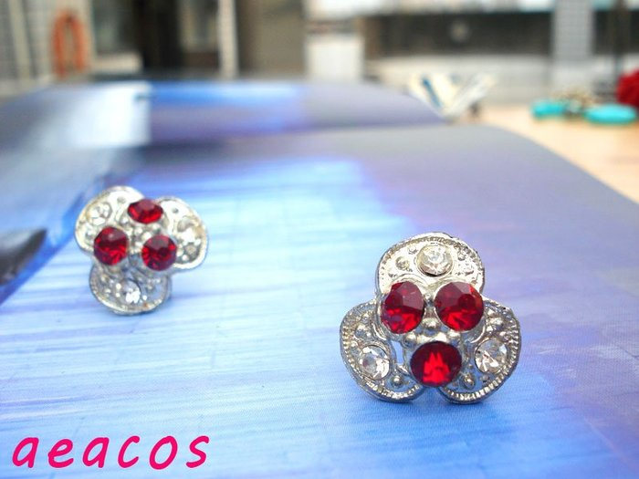 AEACOS@古董 古著 vintage retro MODs 閃亮貴氣萊茵石紅寶石三花瓣銀色夾式耳環