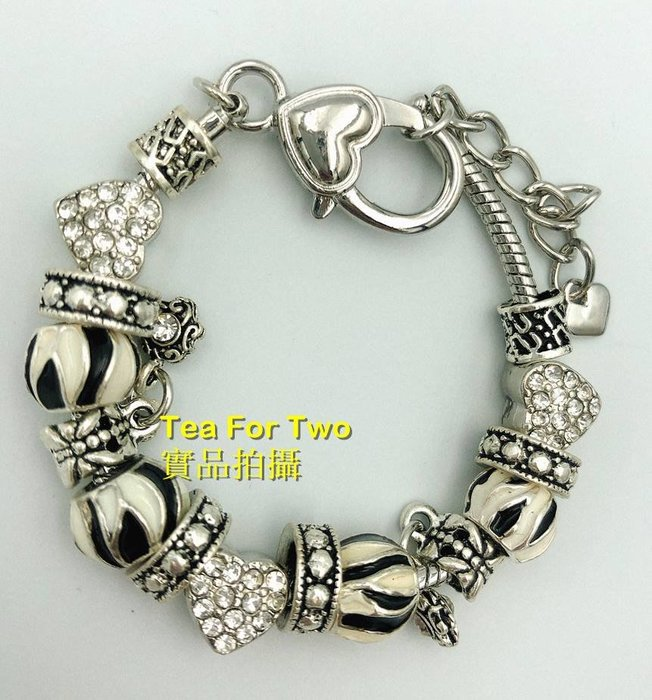 出清特賣 no2 - 全新 - 韓國類似潘朵拉手環串環~銀色黑白款