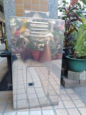 二手熱水器外罩 2手熱水器外殼 2手 熱水器 外殼 外罩 台中市區 含安裝