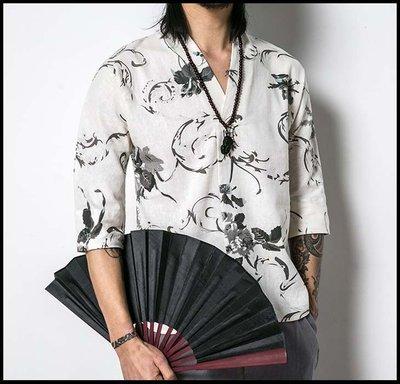 【時尚之都】夏季潮男髮型師休閒個性V領印花短袖T恤韓版碎花寬鬆花五分袖體恤