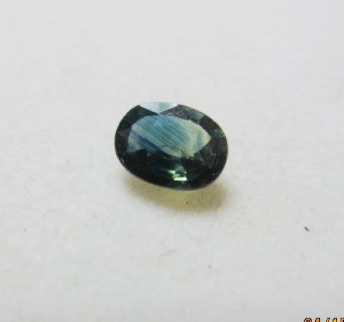 [一品軒促銷品]保證A貨天然藍寶石裸石約2克拉多