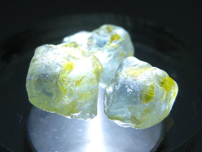 拓帕石 Topaz 天然無燒無處理 自然藍 原礦 標本 礦石 28【Texture & Nobleness 低調與奢華】