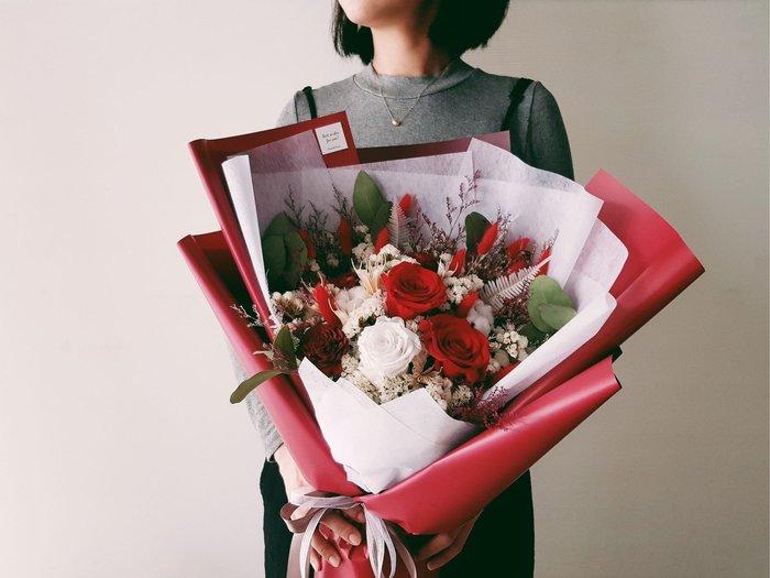 紅玫瑰永生乾燥花束|台北西門歡迎自取 | Flower&House花藝之家