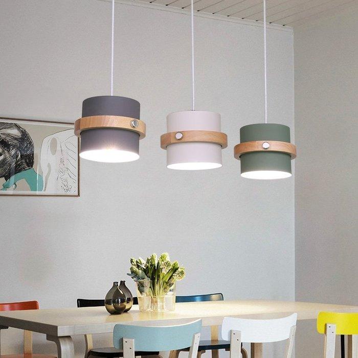 【美學】北歐餐廳吊燈 家用三頭馬卡龍吧臺燈 現代簡約創意 MX_13477