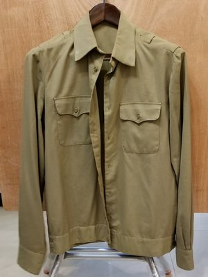 Obsolete Soviet M69 Officer Everyday Uniform Shirt蘇聯M69 常服襯衣 夾克式 淺綠色