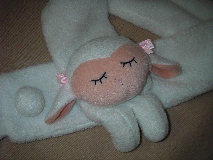 二手白色小綿羊玩偶圍巾,超可愛,小咩咩兒童可愛圍巾