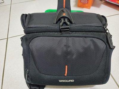 Vanguard UP-RISE 22 單肩包 相機包 1機2鏡