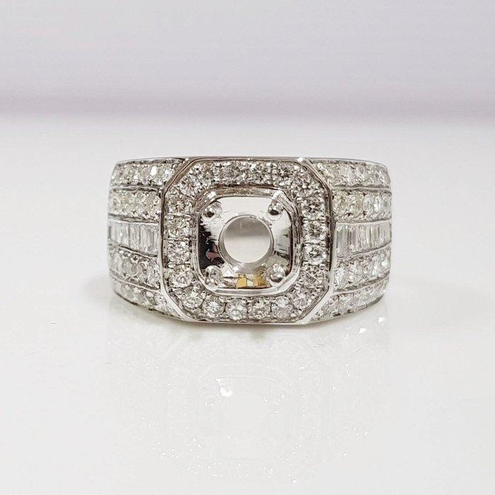 全新品 鑽石空台 適用1~1.3克拉用台 有色寶石皆可使用 585K金鑽石材質 配鑽約2ct 大眾當舖 編號5860