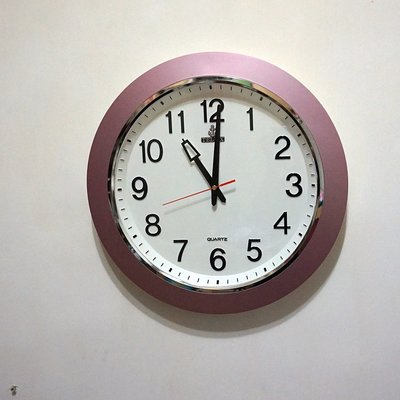 p174 古早味 早期時鐘 超新 鐵力士 TELUX 大掛鐘 時鐘 功能正常  大尺寸 辨識容易 低價700元直購