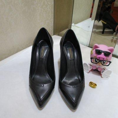 典精品名店 LV 真品 DE0171 黑色 全皮 高跟鞋 尺寸 37 現貨