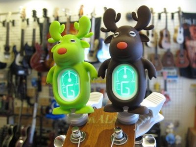 ☆ 唐尼樂器︵☆ SWIFF A7 麋鹿造型烏克麗麗/木吉他/電吉他/電貝斯/小提琴夾式調音器