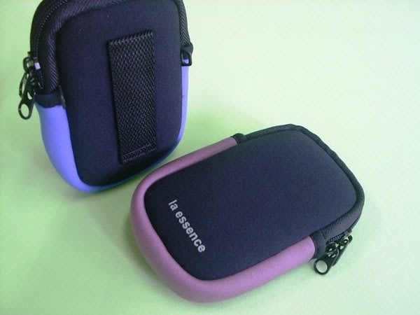 la essence~LE-9305M(中)防衝擊惰性棉-iphone5/HTC 手機袋/相機包-超優推薦~