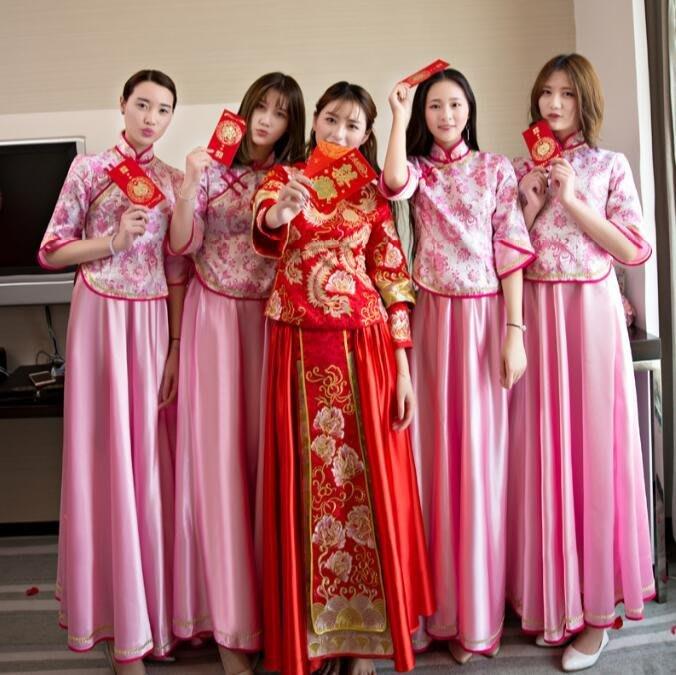 禮服 旗袍式伴娘服 新款粉色中式結婚新娘姐妹團修身顯瘦宴會晚禮服大碼洋裝—莎芭