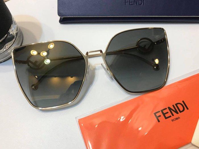 安安精品保證正品FENDI 新款太陽眼鏡 FENDI FF0323/S FT3流行大框
