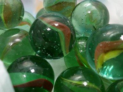 大彈珠 ,童玩,晶瑩剔透,直徑約2.5cm,全新品  每顆5元,20顆一起寄