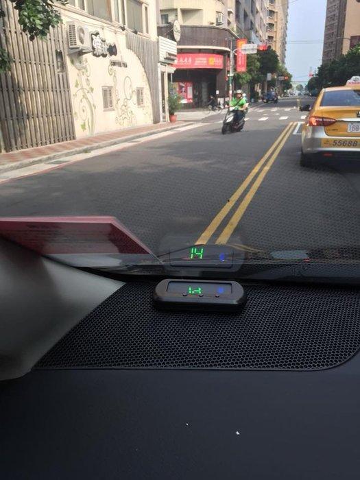 DJD180703026  TOYOTA CAMRY 專用10.1吋觸控螢幕安卓多媒體主機*藍芽+導航
