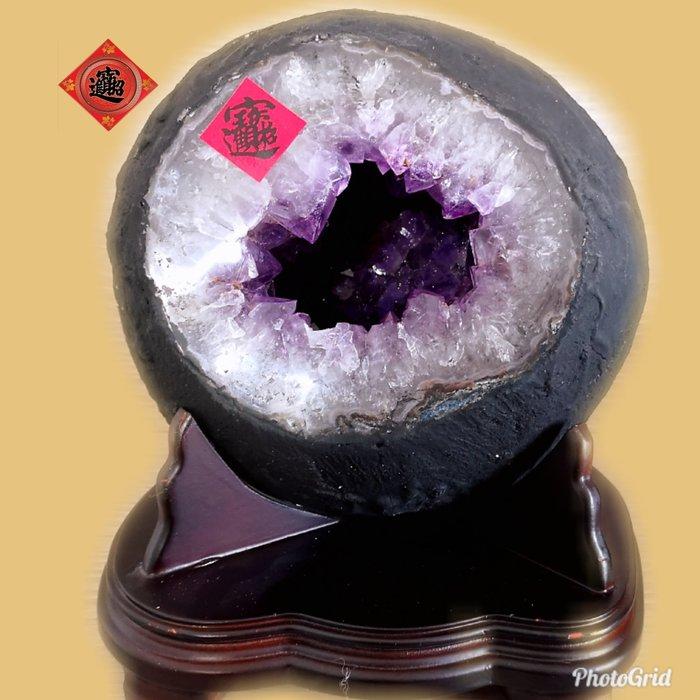 🏆【1688 精品】🏆巴西炮管紫晶洞重14.9kg 寬25cm高29cm 洞深12cm洞超深、洞型圓滾滾【C01】