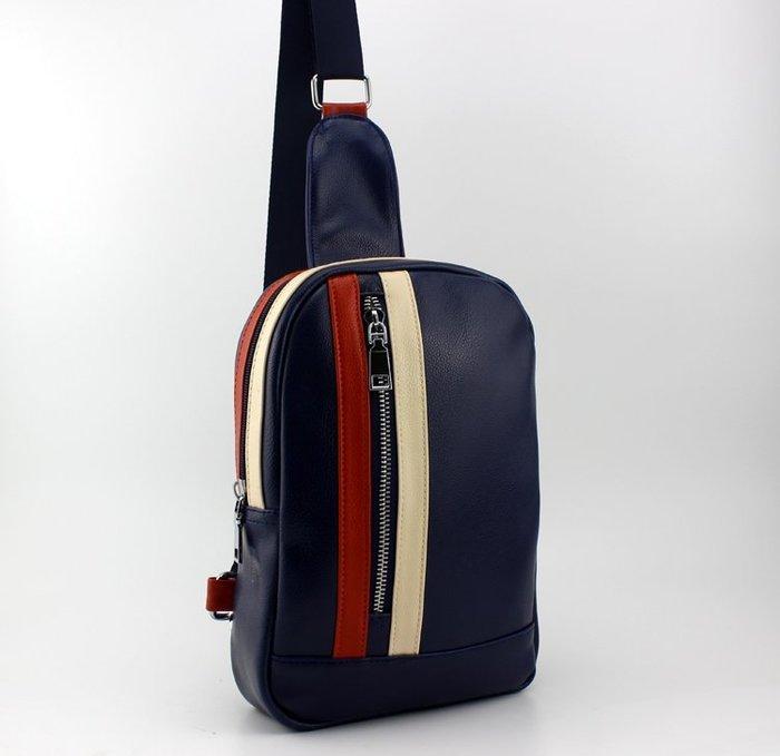 潮流休閒斜跨小包單肩包男士胸包男腰包斜挎包男包包 背包小號新台幣:348元