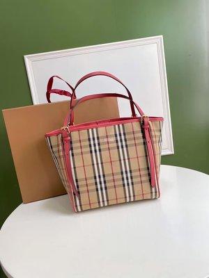 Alina 精品代購Burberry 巴寶莉 英倫都會時尚 品牌獨特格紋手提變形包 顏色4  outlet代購