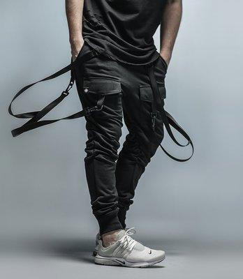 Cover Taiwan 官方直營 JOGGER PANTS 縮口跑褲 哈倫褲 吊帶褲 工作褲 棉褲 黑 (預購)