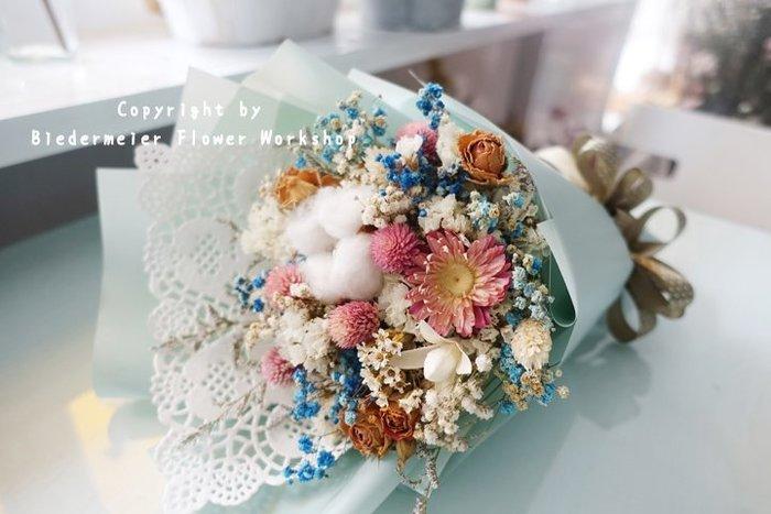 【俾德麥花坊】青春系乾燥花小花束 手綁乾燥花 母親節花束 中小型花束