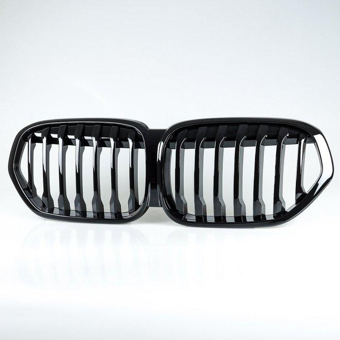 [亮光黑]LCI SPORT樣式 水箱罩前柵欄鼻頭 寶馬BMW X1 F48用 2019-2020年適用/汽車外飾交換件